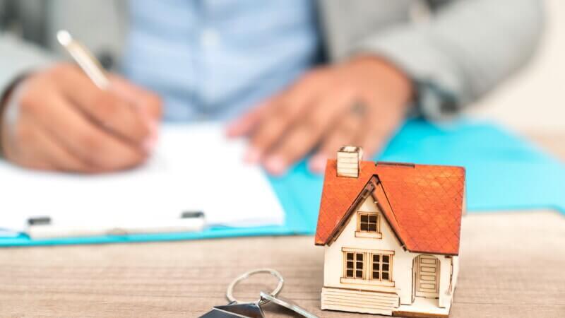 Сколько стоит продать квартиру